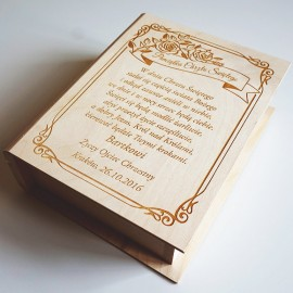 Drewniane pudełko na Biblię