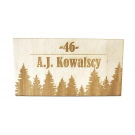 Drewniana tabliczka na drzwi z grawerem