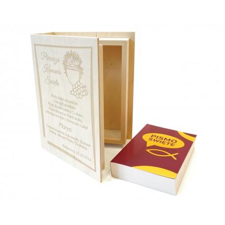 Biblia w szkatułce z grawerem
