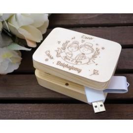 Szkatułka z pendrive 32 GB